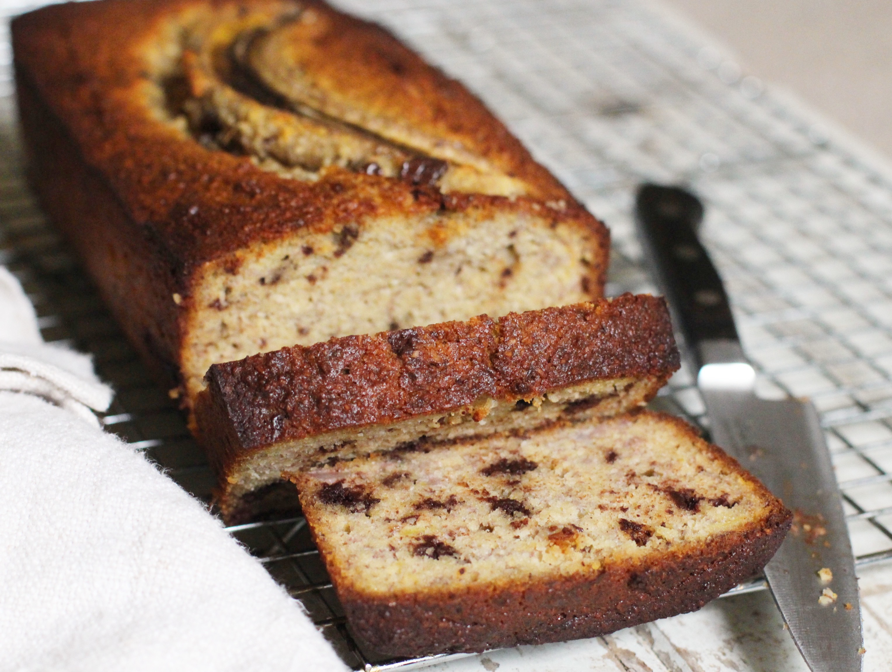 Chocolate chip banana bread the little green spoon chocolate chip banana bread forumfinder Gallery