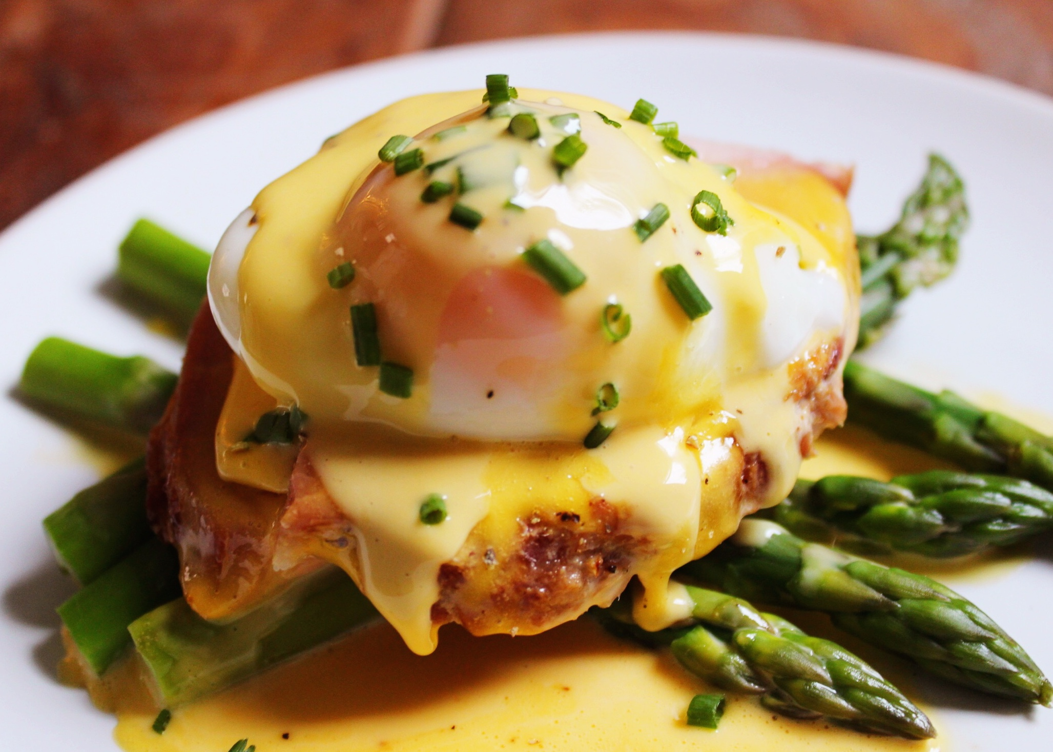 Healthy Hollandaise - The Little Green Spoon