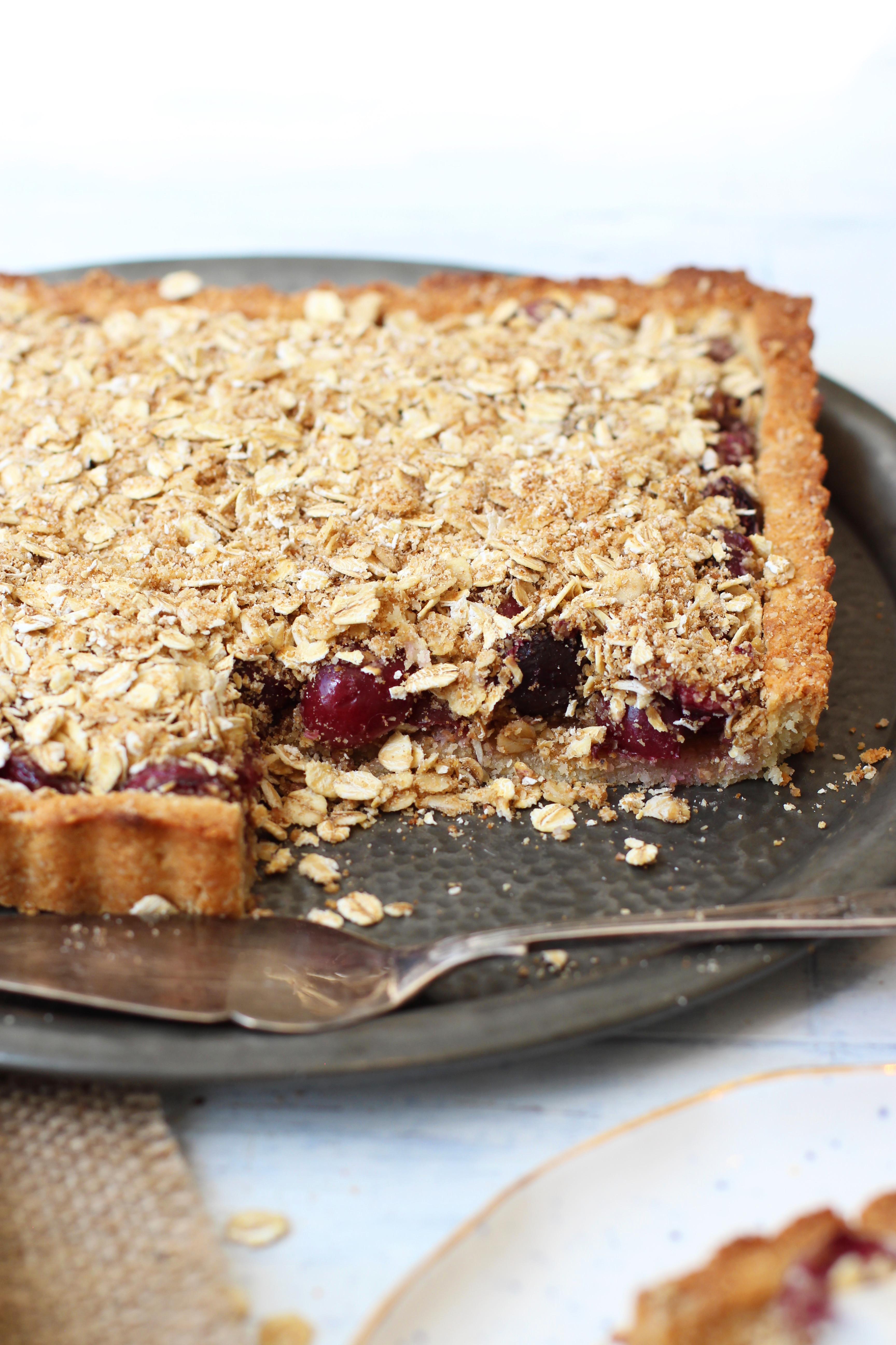 Cherry Crumble Pie Step 9